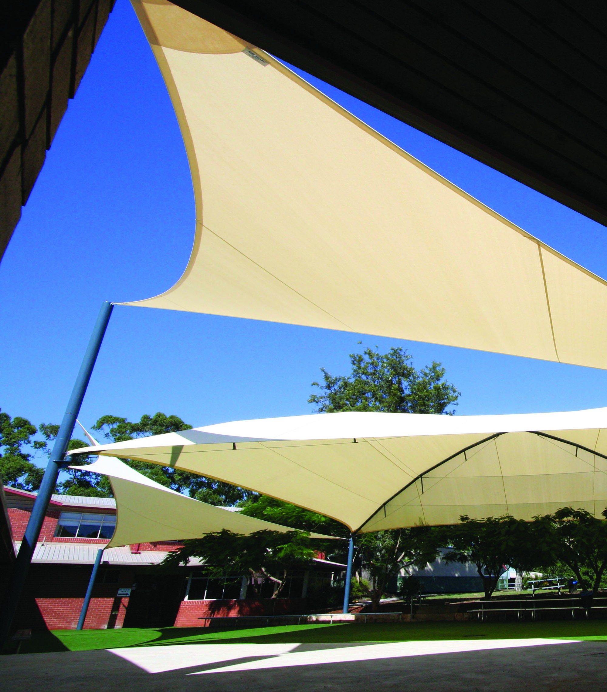 Commercial shade structures 10mm tap connector